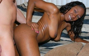 Klick auf´s Bild für Black Midget Porn